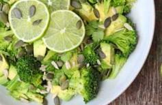 salat-iz-brokkoli-i-avokado